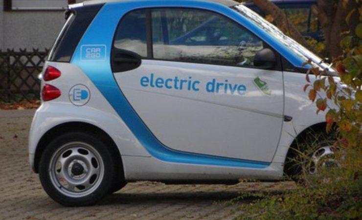 Branża motoryzacyjna chwali ustawę o elektromobilności
