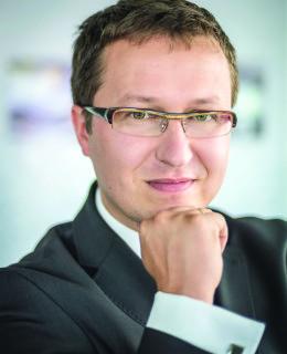 Marek Girek, medycyna, chmura