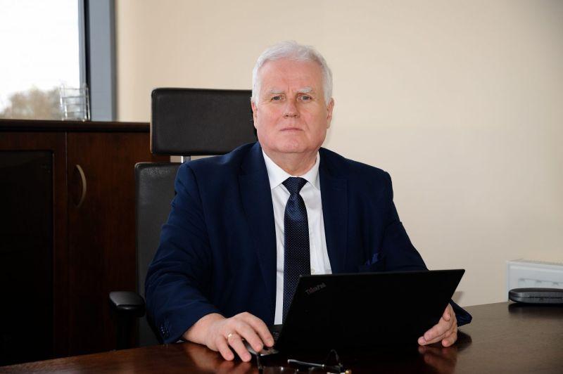 dr Tadeusz Kierzyk