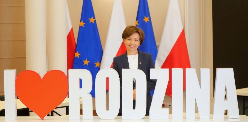 Marlena Maląg minister rodziny, pracy i polityki społecznej