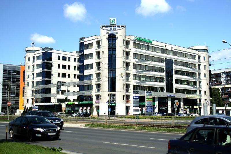 Arkop - budynek biurowo - usługowy Quatro Forum