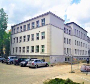 Szkoła Podstawowa nr 6 przy ul. Czwartaków