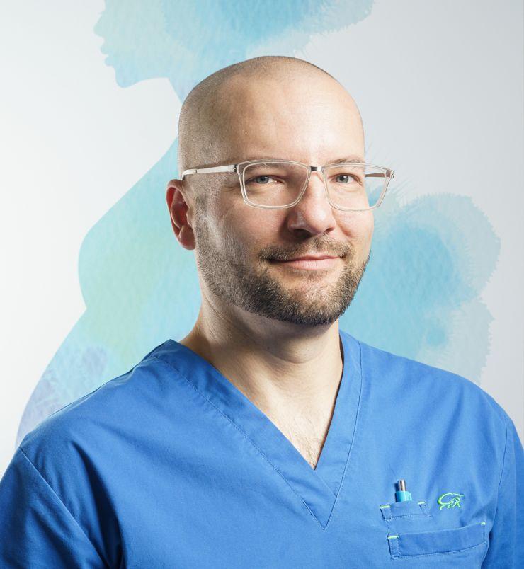 Dr Wojciech Homola-ginekolog w Centrum Ginekologii i Położnictwa Femimea