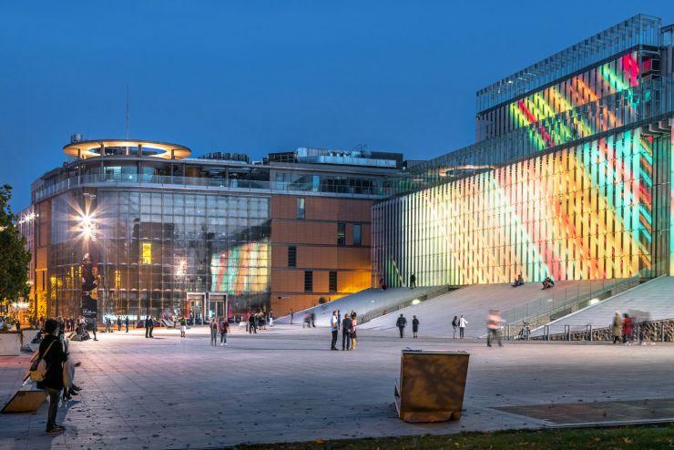 Lubelskie-Centrum-Konferencyjne-L-i-Centrum-Spotkania-Kultur-P-przy-Placu-Teatralnym-w-Lublinie-fot.-Marcin-Tarkowski-archiwum-UMWL