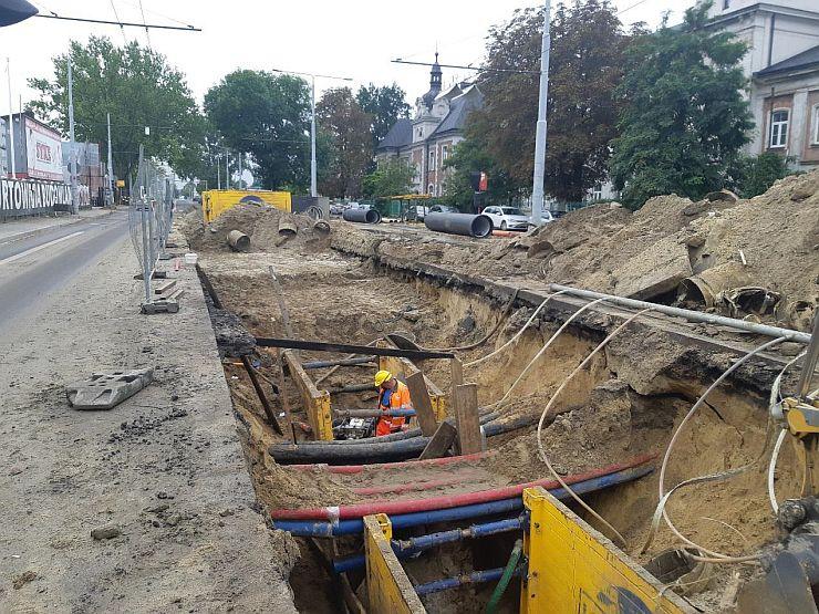 ul. Krochmalna w Lublinie uzbrojenie podziemne na płycie postojowej dla autobusów